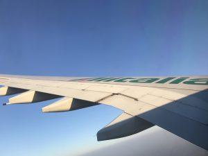 ヨーロッパへは、直行便?経由便?